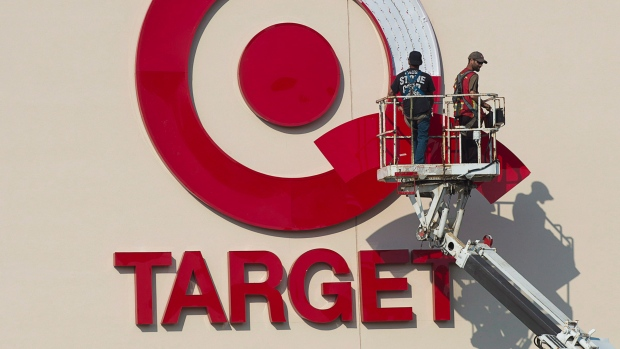 Target  closing down all Stores in Canada